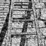 200x200-bricks-of-black-and-white